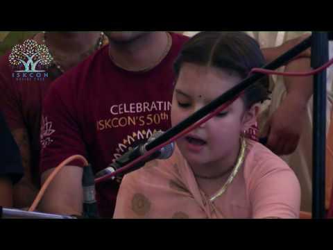 Mayapur Kirtan Mela 2017 Day 5 Kirtan By Bhaktin Madhurika | Chanting Of Mahamantra