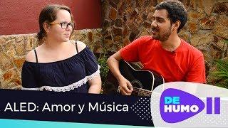 ALED: Una pareja que fluye en el amor y la música