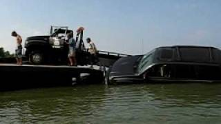 lexington boat ramp 2010 second tow truck going into water