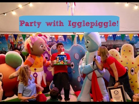 CBeebies Land: IGGLEPIGGLE & UPSY DAISY PARTY!