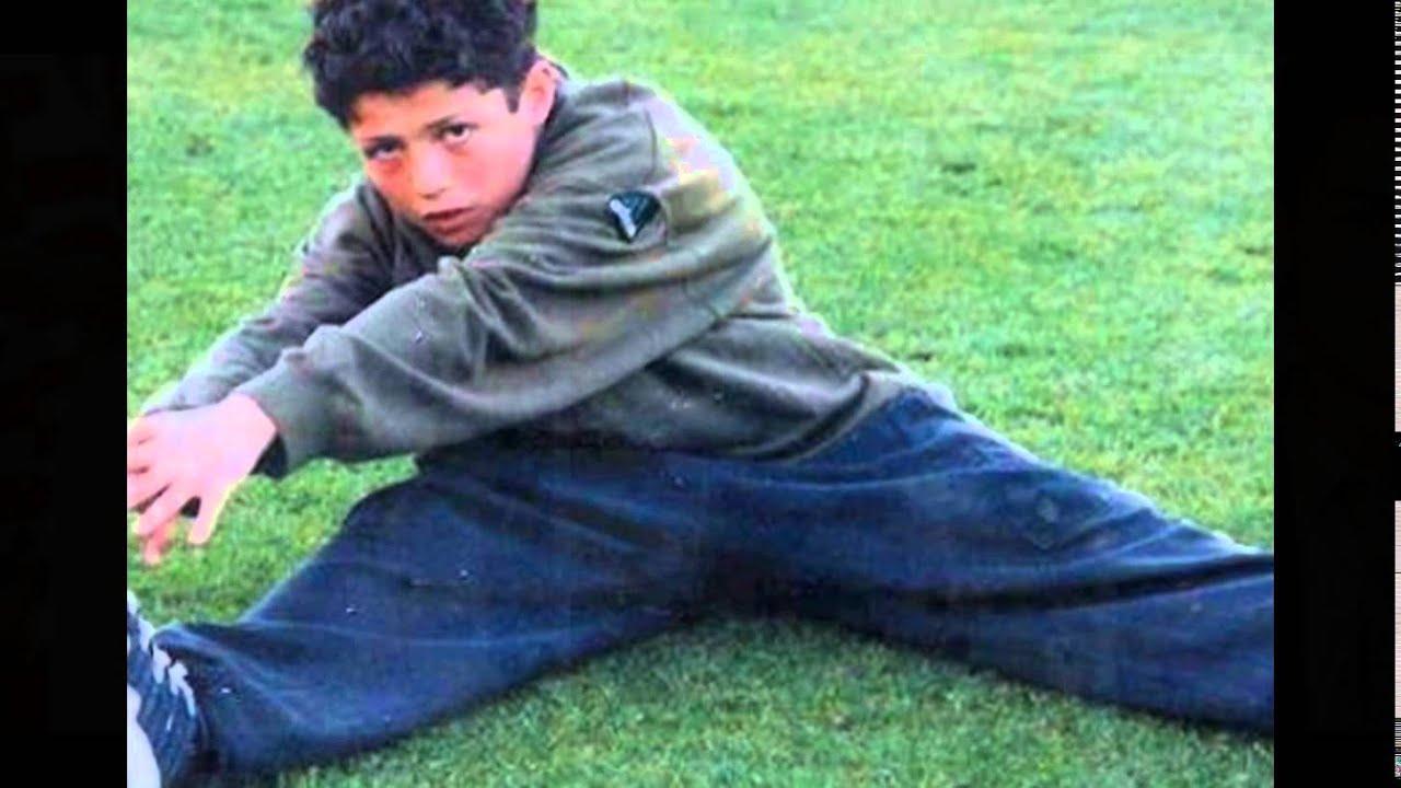 صور كرستيانو وهو طفل Youtube