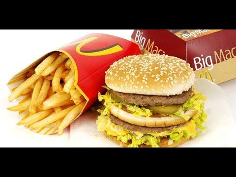 Ăn hamburger ở Mcdonalds bên mỹ