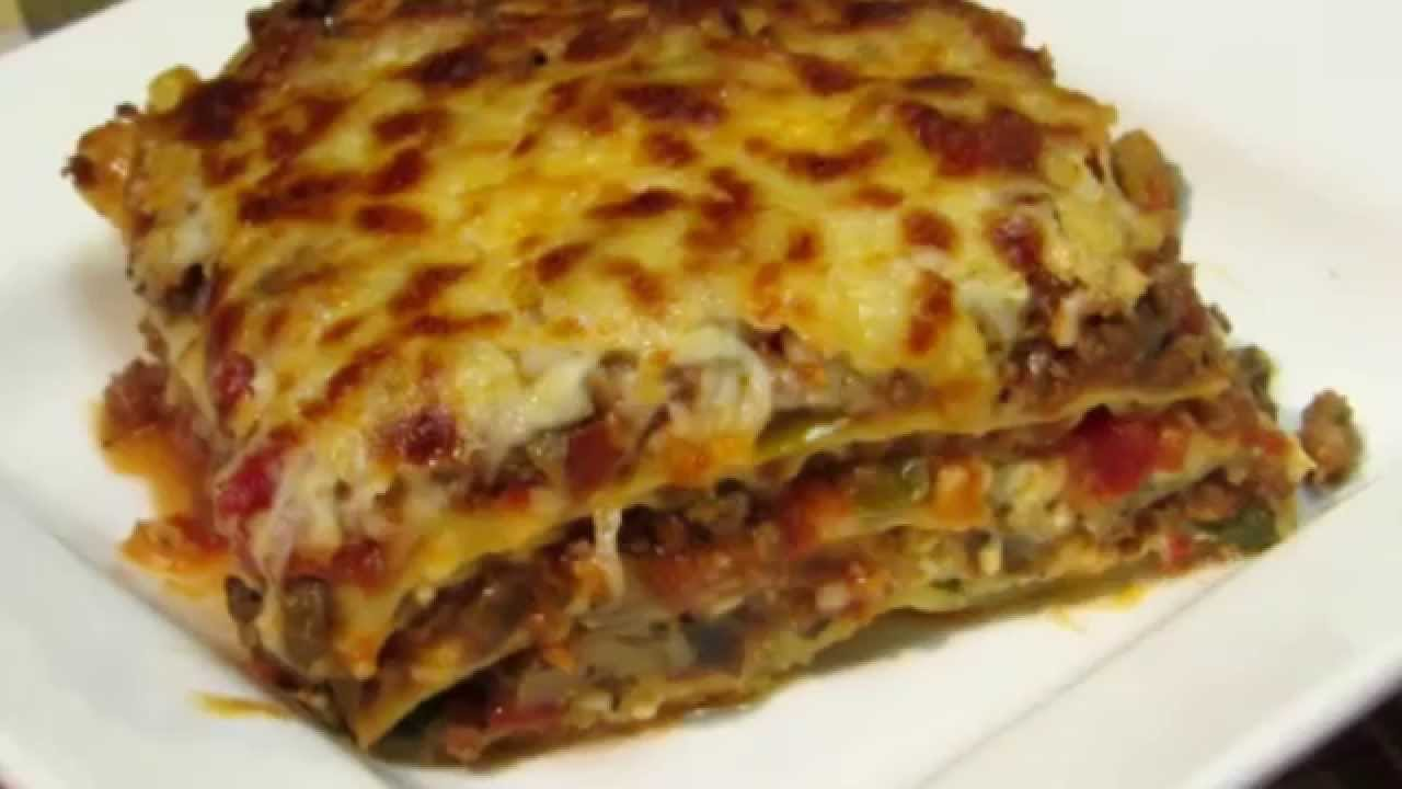 The BEST Homemade Lasagna Recipe - YouTube