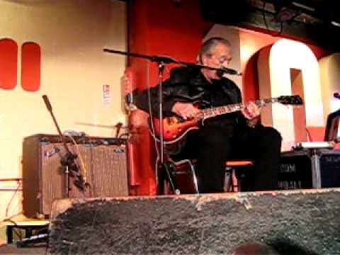 Charlie Musselwhite - My Road Lies In Darkness mp3