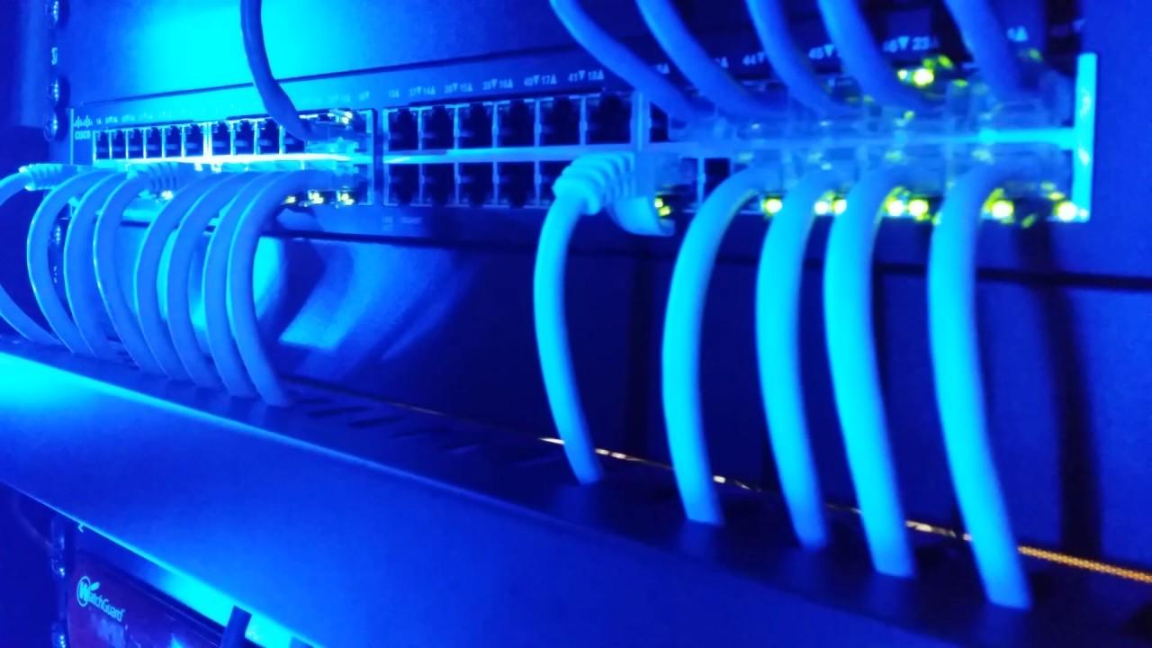 Cisco SG-200 50 Port Gigabit Switch - YouTube