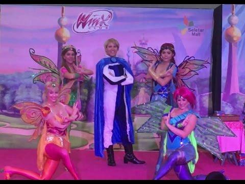 Winx Club Christmas Live Show At The Seletar Mall Singapore! (Bloom, Flora, Stella, Tecna \u0026 Sky)