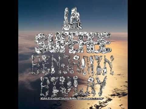 Benjamin Biolay - L\'espoir fait vivre lyrics + English translation