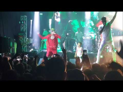MGK Young Man with his daughter EST FEST 2016 Live