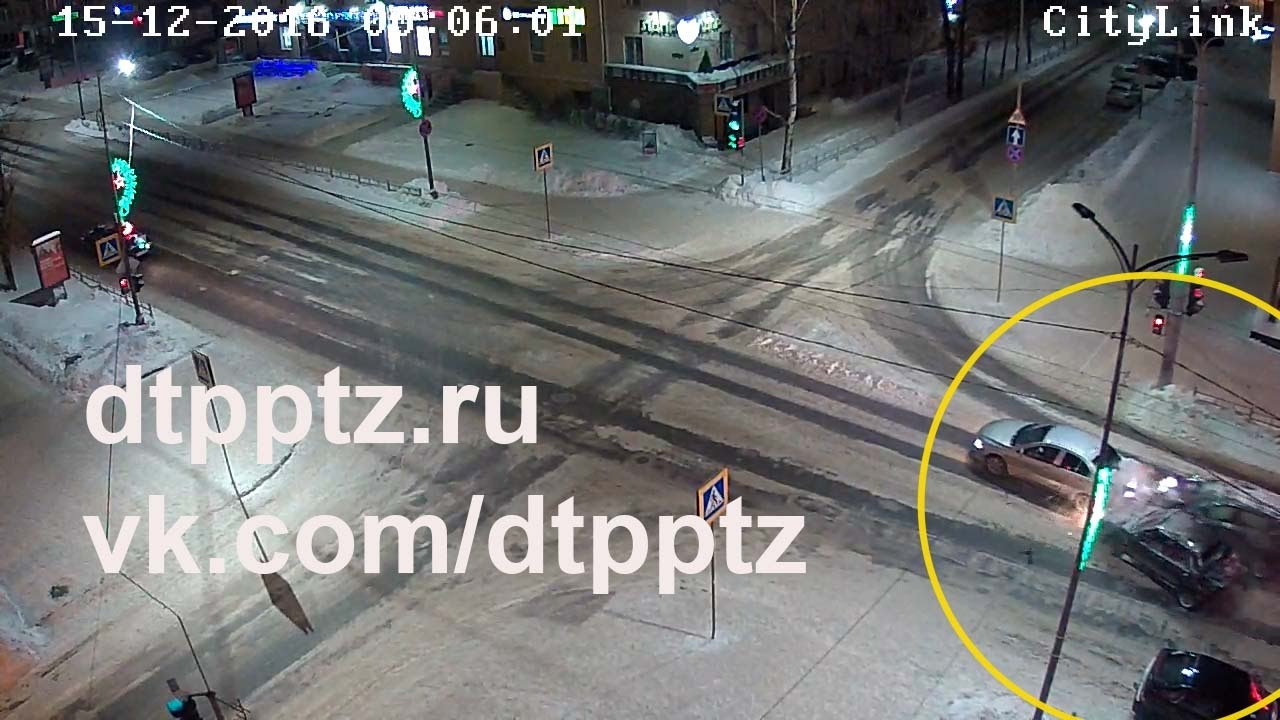 Ночью на проспекте Ленина нетрезвый водитель протаранил два автомобиля