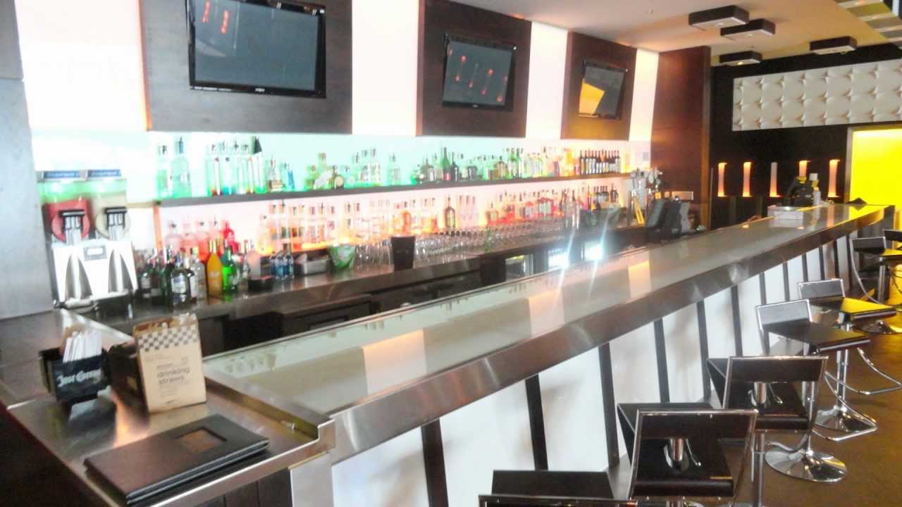Footprints Cafe Inc Atlanta S Upscale Caribbean Restaurant