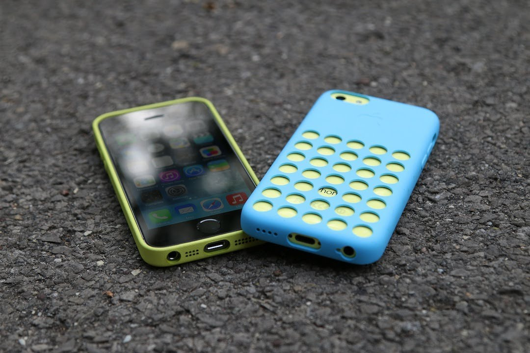 IPhone 5c Vs IPhone 5s Drop Test With Apple Cases - YouTube
