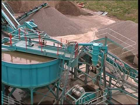 C&D Recycling With Powerscreen Equipment