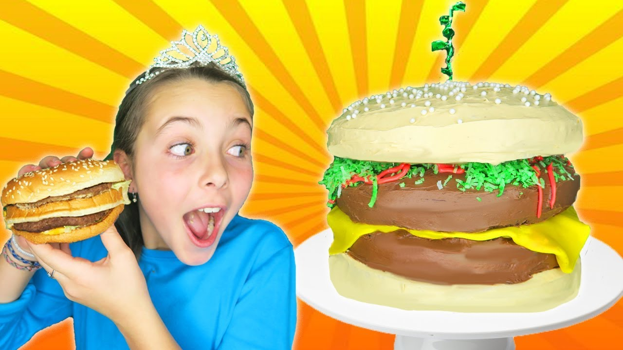 How To Make Giant Cheeseburger Cake | Kids Decorating With Frosting