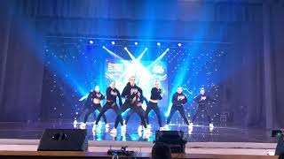 """""""Круче всех"""" танец девочек"""