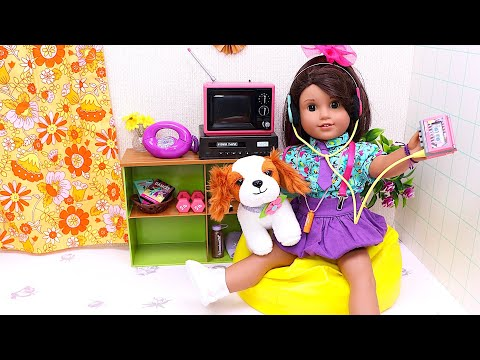 Baby Doll sets up new 80's furniture bedroom! Play Toys