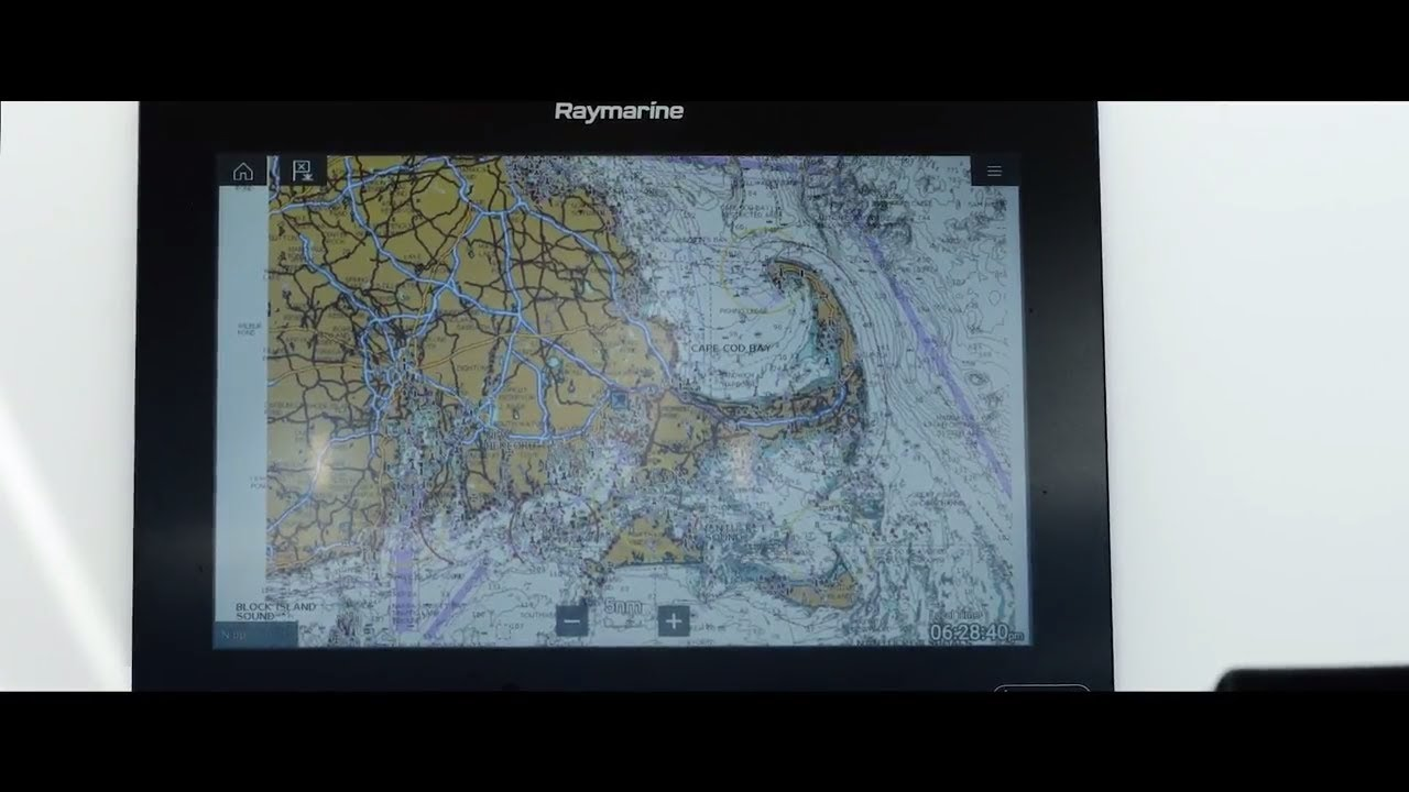 Raymarine LightHouse 3 Tips and Tricks: Mode Control