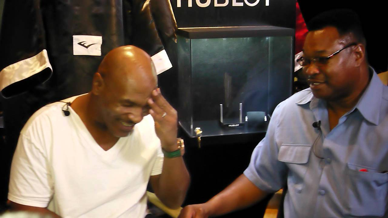Larry Holmes Interviews Mike Tyson Youtube