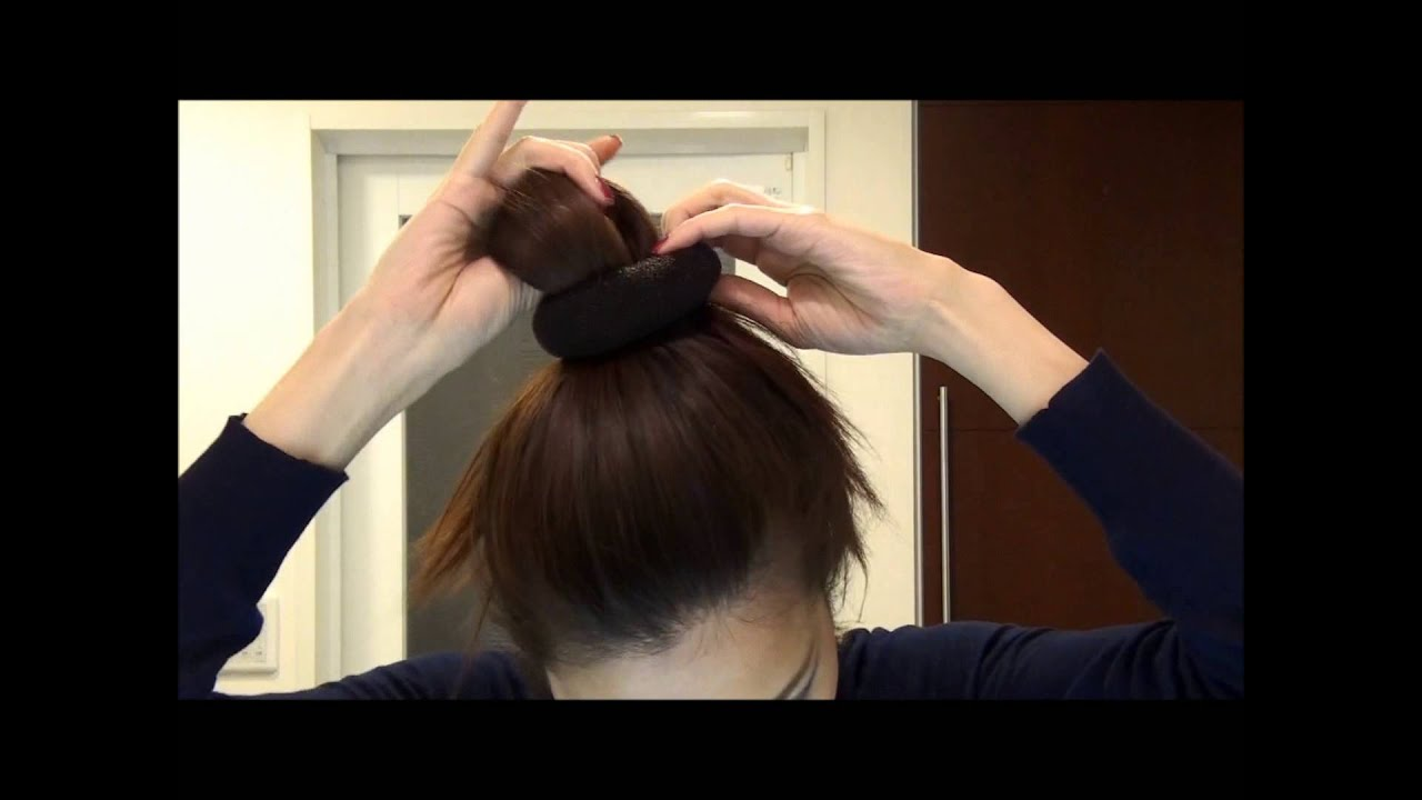 ドーナツ使って3分でお団子ヘアー easy hair bun using a donut (in Japanese) , YouTube