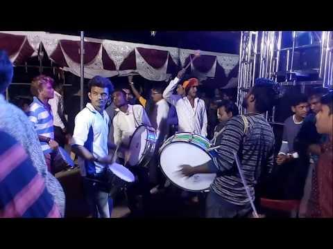 """स्वरसम्राट""ब्यांजो सटाणा भन्नाट झिंग पावरी  Swar samrat   Best Khandeshi wedding Banjo……"
