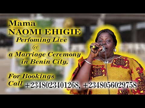 Download MAMA NAOMI EHIGIE Latest Stage Perfomance  in Benin City