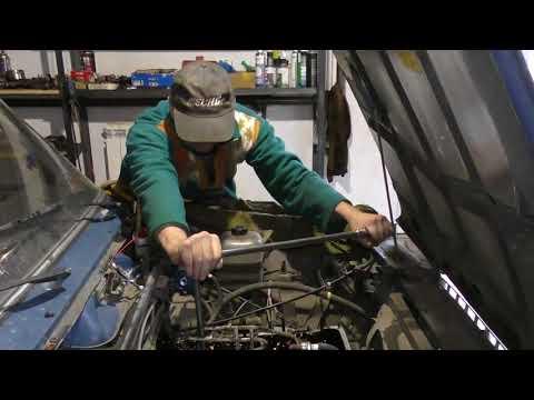 Что стучит в двигателе автомобиля и куда уходит масло ? - Смешные видео приколы