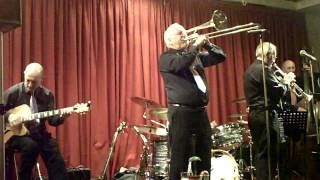 THE PHOENIX JAZZMEN play Stevedore Stomp