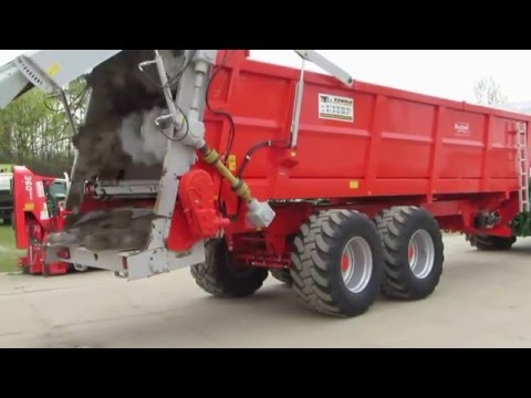 BROCHARD'S Manure Spreader - EV 2000 Model - Horizontal Beaters With Spinning Discs