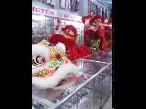 Trung Thu 2013 - Đoàn lân sư rồng Bạch Ngọc Đường _ Huế ( 0909309446 )