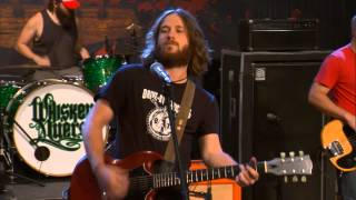 "Whiskey Myers Performs ""Dogwood"" on The Texas Music Scene"