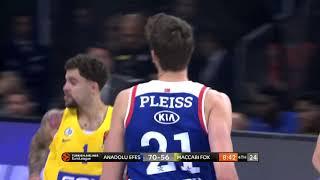 0.11.2018 / Anadolu Efes - Maccabi FOX Tel Aviv / Shane Larkin