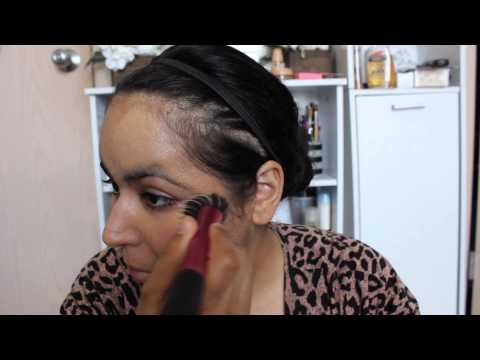 Clinique Foundation Review: Clinique Stay Matte Oil-Free Foundation review and full face demo