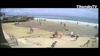 Цунами в Одессе ( Видео с Камер, наблюдения)(, 2014-06-27T20:44:19.000Z)