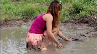 Beautiful girl fishing - amazing fishing in cambodia - how to catch fish by hand P - girl  part 122