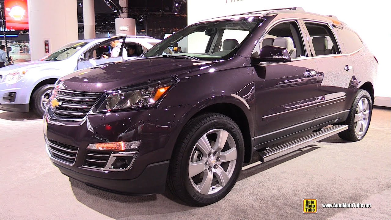 2015 chevrolet traverse lt awd exterior and interior walkaround 2015 detroit auto show youtube. Black Bedroom Furniture Sets. Home Design Ideas