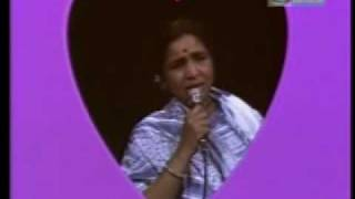Asha Bhosle - Marathi Live - tarun aahe raatre ajuni