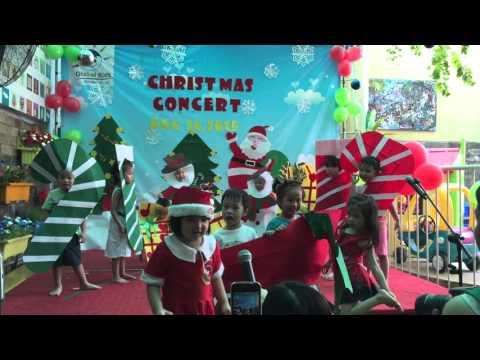 Decorate the Christmas tree   Pre kinder 1 Global Kids Kindergarten