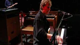 Watch Steve Winwood Glad video