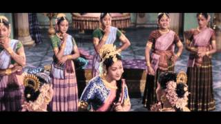 maya-bazar-movie-song-aha-naa-pelliyanta-song-savitri-akkineni-ntr