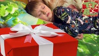 Подарки на День Святого Николая. Наряжаем Новогоднюю Елку Gifts from St. Nicholas Tiki Taki