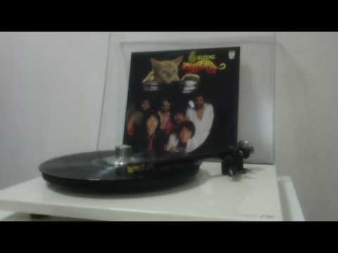 Sekuntum Mawar Merah - Alleycats (Alleycats 6 Vinyl)