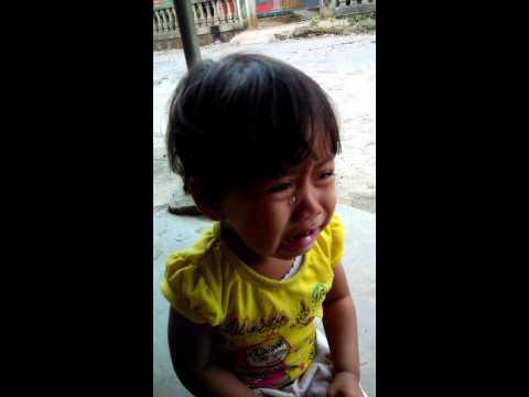 Nada menangis