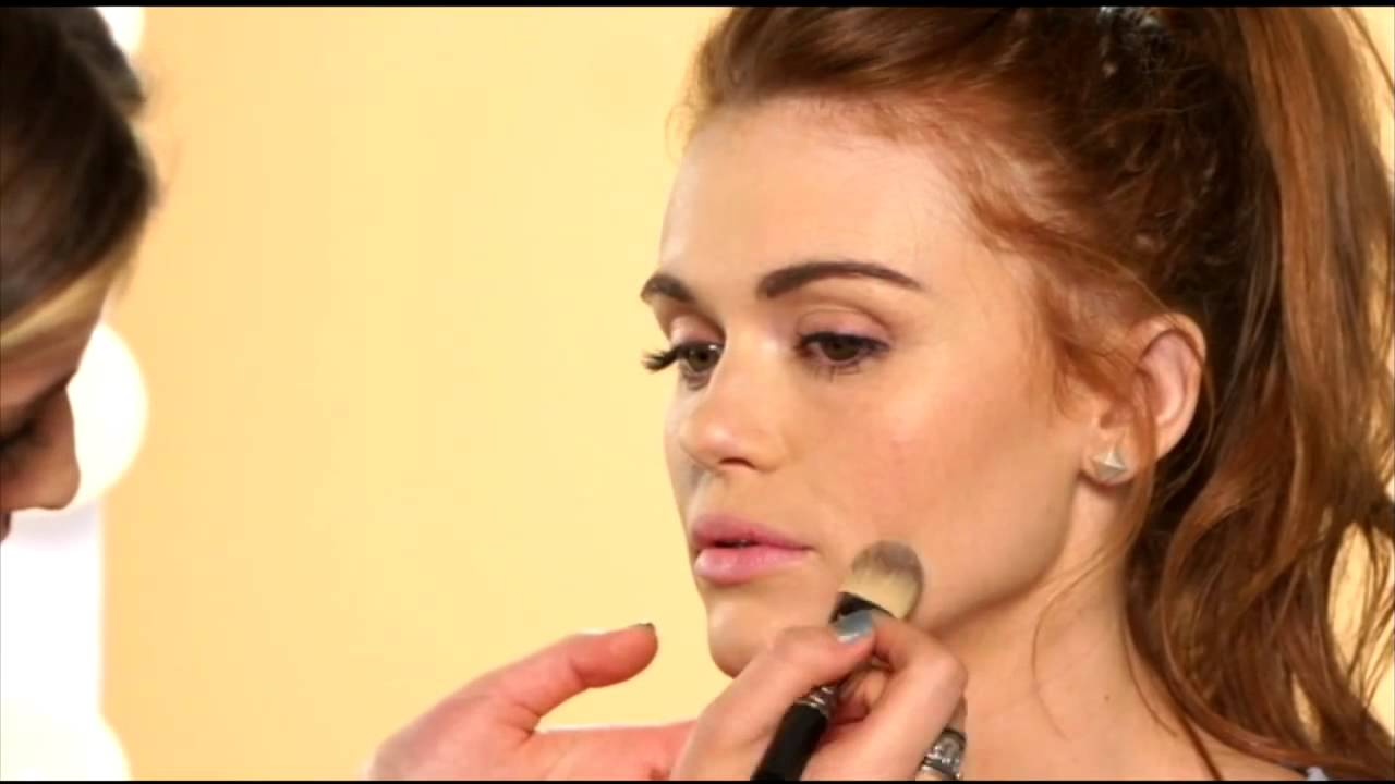 Holland roden france makeup tips red lips youtube holland roden france makeup tips red lips youtube baditri Image collections