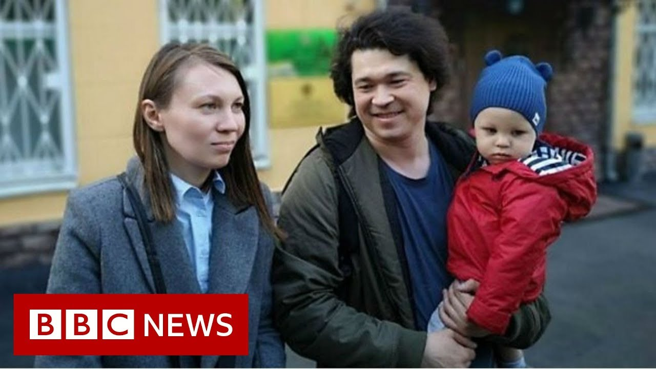 BBC News:Russian couple filmed at protest may lose children - BBC News