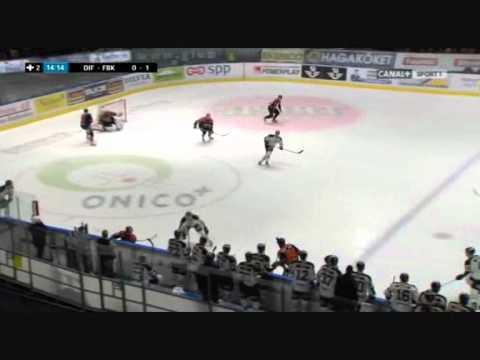 David Printz open ice hit on Arto Laatikainen