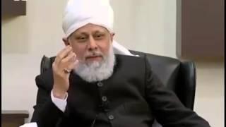 Kia Hamein Mukhalefeen e Jammat Ahmadiyya K Etrazaat Kay Jawab Denay Chahye ?
