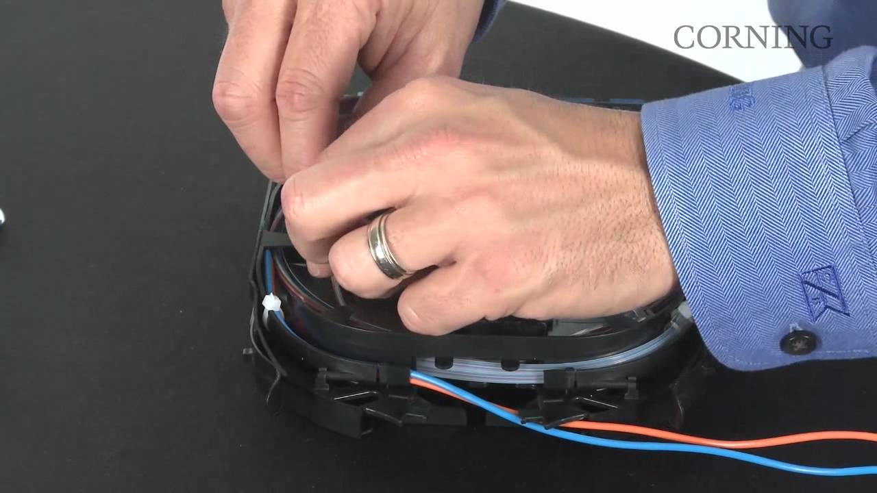 Download Prepping and Routing the CCH Pigtailed Splice Cassette