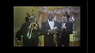 Watch Louis Armstrong Mame video