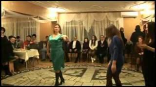 Осетинская свадьба Айдамир Мугу Алан Кокаев(Осетины Осетия Осетинские танцы., 2010-10-06T00:13:54.000Z)