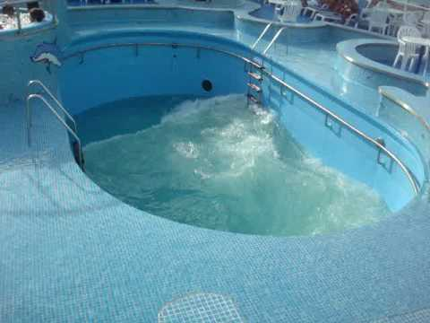 Piscina de ondas do new pacific youtube for Piscina onda
