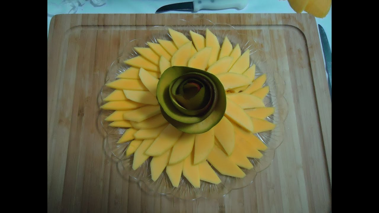 How To Cut A Mango And  Present
